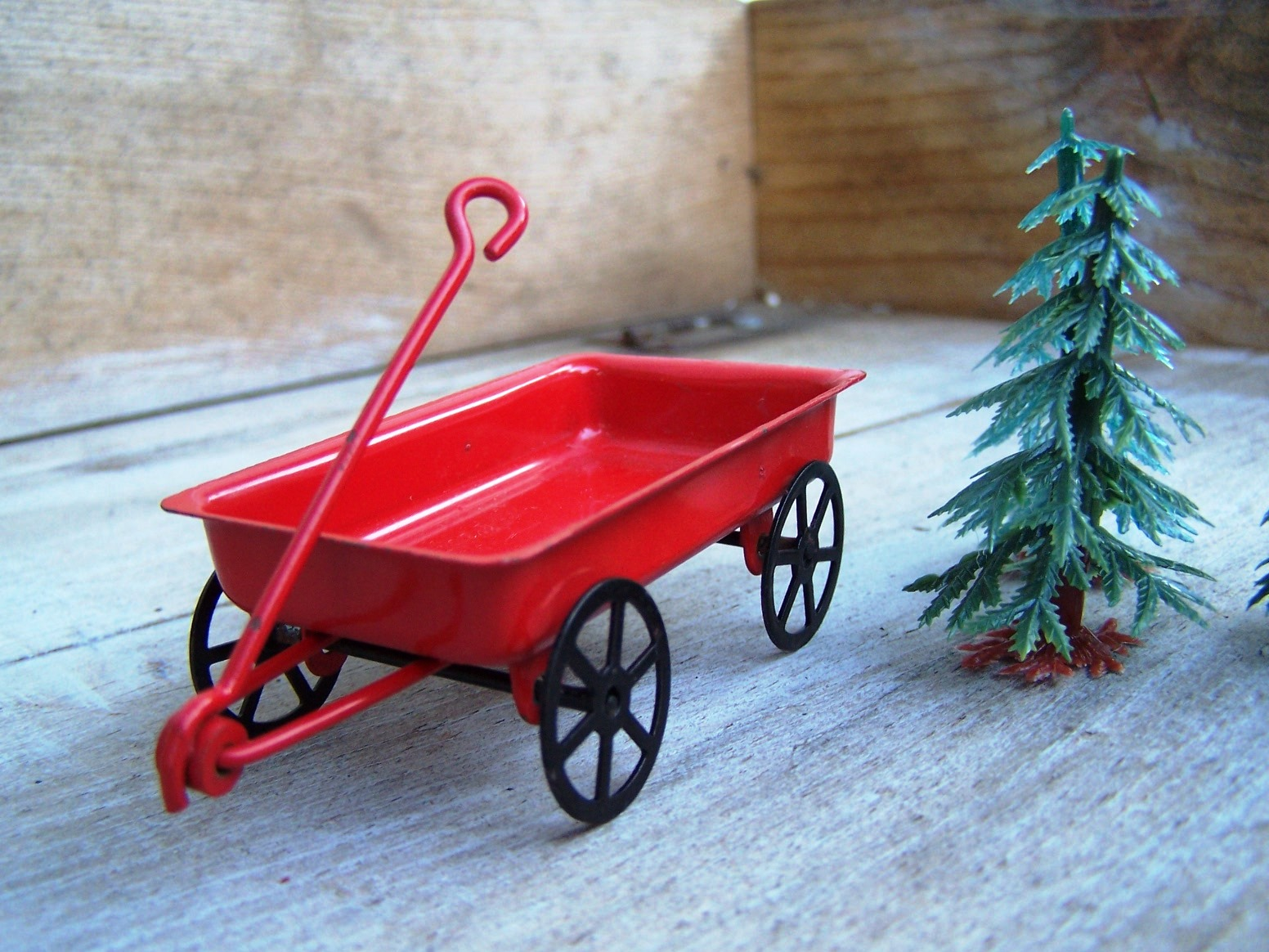 Wordless Wednesday: Little Red Wagon